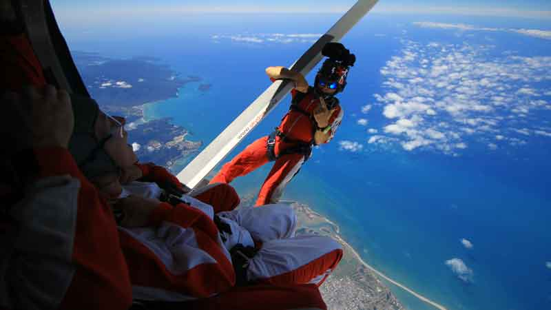 scenic helicopter flights melbourne with 1473 on Experiences Scenic Flights in addition Kangaroo Island Helicopter Rides as well History And Heritage besides Contact Us besides Penguins.