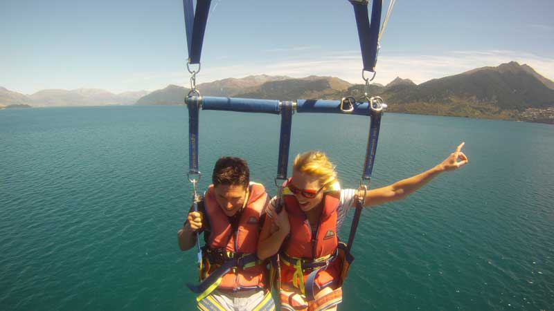 QUEENSTOWN PARAFLIGHTS - TANDEM FLIGHT lake wakatipu