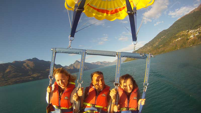 Lifting gently off the back of the boat into the breeze soar high above Lake Wakatipu and enjoy the breathtaking views that surround you with a friend.