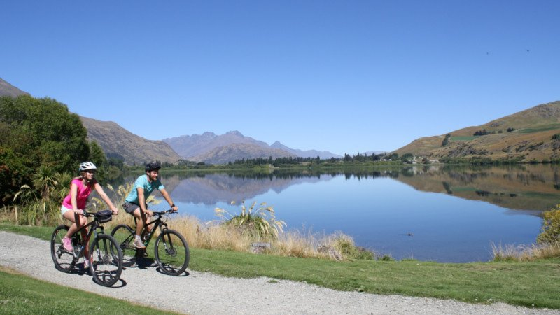 BIKE HIRE - AROUND THE BASIN BIKE QUEENSTOWN amazing scenery