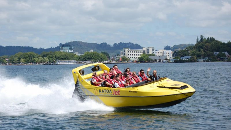 Enjoy an action packed half hour of jet boat thrills around Lake Rotorua!