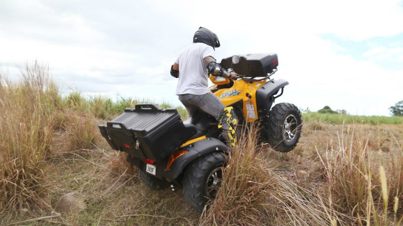 Blast your way through the Fijian mountains on a quad! This is a pure riding experience not to be missed.