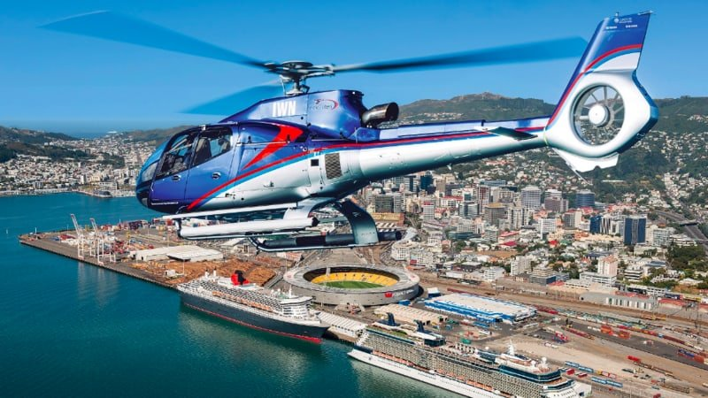 Feast your eyes and your appetite with a first class heli flight to your gourmet three course lunch.