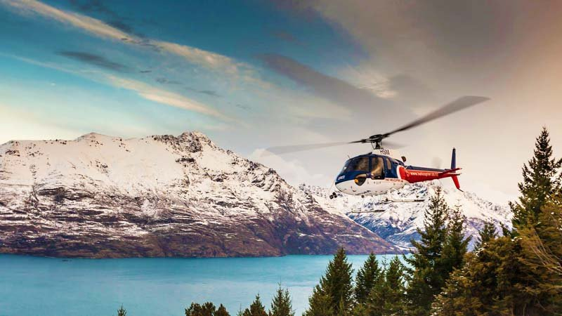 QUEENSTOWN 20 MINUTE SCENIC FLIGHT & ALPINE LANDING - PILOTS SPECIAL- THE HELICOPTER LINE