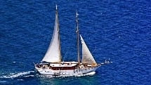 "Schooner ""Whale's Tale"" - 4 Islands Full Day Cruise"