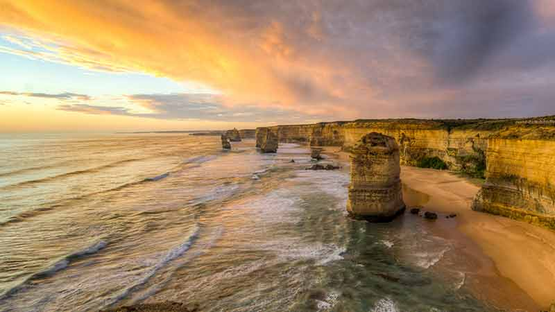 With this Great Ocean Road tour we start at the opposite end to other companies so you get to see all the attractions without the crowds!
