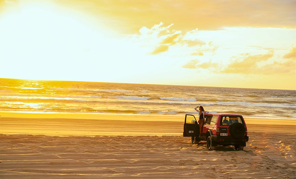 Are you a couple or two friends over 23 years old? Do you want to discover Fraser Island comfortable but don't want to miss out on the adventure? Our awesome 4WD Camper, with its 2 seats in the front and double bed in the back might be the best option for you! Please note that the 4WD Camper is for maximum 2 people.