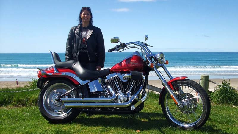 Experience a thrilling 2 Hour chauffeured ride on a Harley Davidson® with Wheels of Thunder Motorcycle Tours!