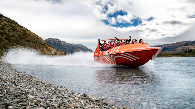 Jet boating Queenstown with Thunder Jet