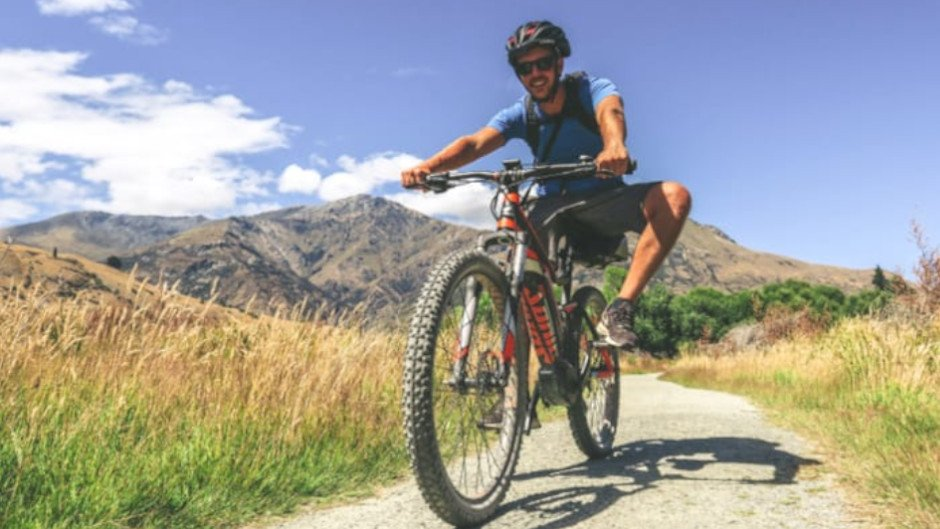 QUEENSTOWN TRAIL ELECTRIC MOUNTAIN BIKE WITH FRONT SUSPENSION - FULL OR HALF DAY HIRE