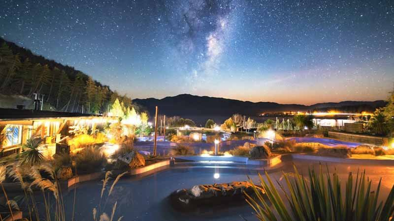 STAR GAZING & HOT POOL EXPERIENCE - TEKAPO SPRINGS
