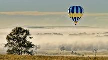 1 Hour Sunrise Hot Air Balloon Flight incl. Champagne and Gourmet Breakfast - Hunter Valley