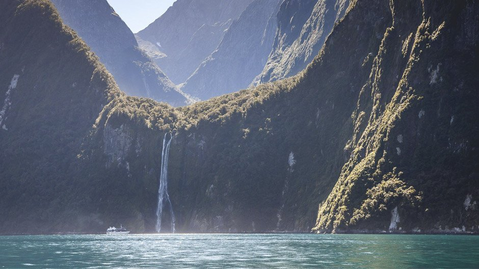Get up close and personal with Milford Sound on our leisurely Nature Cruise. Experience the spray of a waterfall as you cruise close to sheer rock faces.