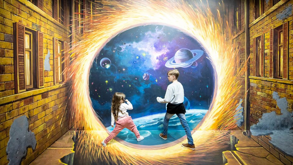 Step into a magical world of optical illusions and larger than life murals at Australia's first Trick Eye Art Gallery!